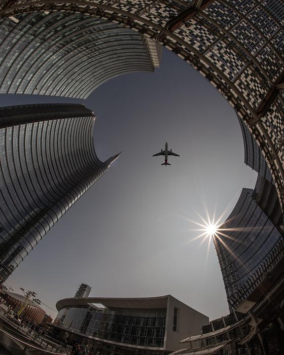 Самолет несколько часов кружит над нижегородским аэропортом «Стригино»