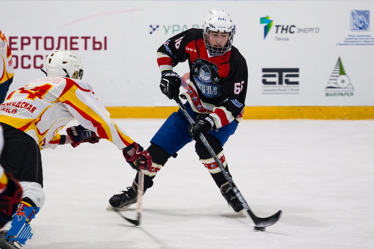 Команда «Звездный» изАрзамаса выиграла региональный этап «Золотой шайбы»