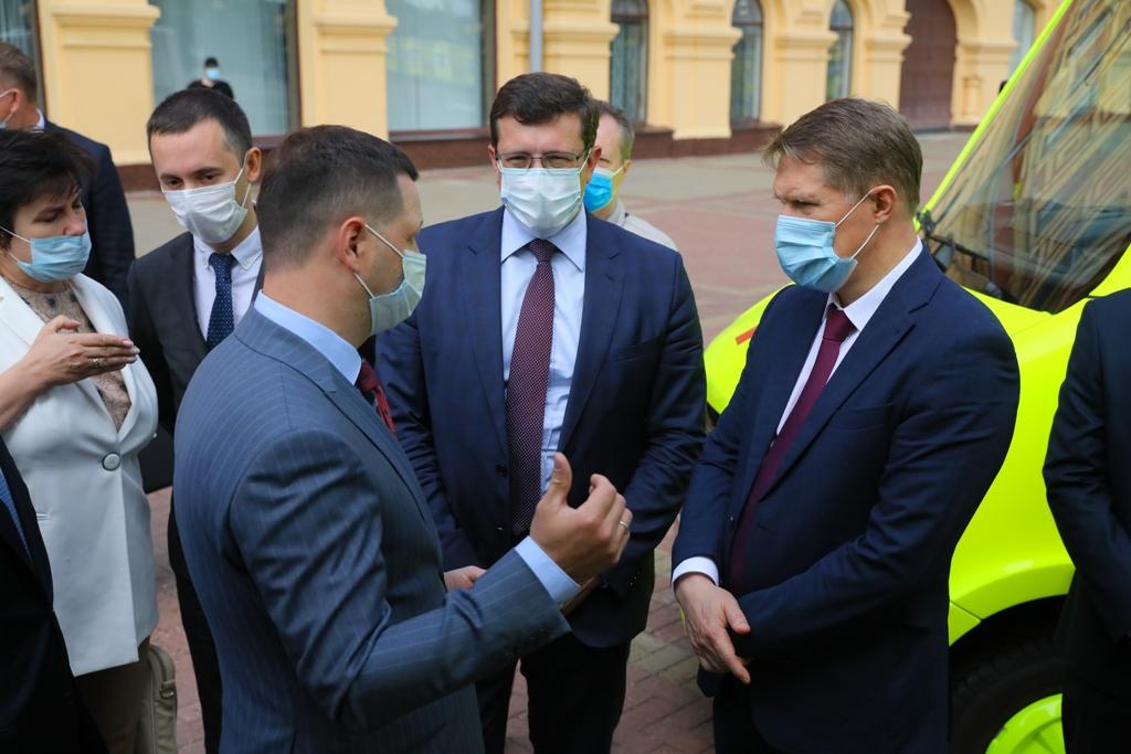 27 новых автомобилей скорой медицинской помощи получили нижегородские медучреждения